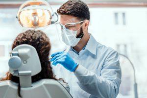 ¿Cuánto gana un dentista / odontólogo en Estados Unidos?