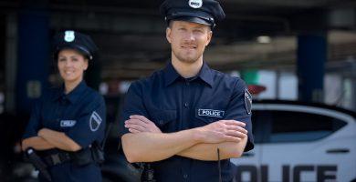 ¿Cuánto gana un policía en USA?