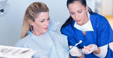 ¿Cuánto gana un higienista dental en USA?